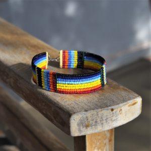 Masajska bransoletka na rękę NDEGE - Zebra Store